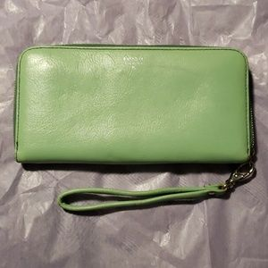 Leather Fossil Wristlet in Mint Green